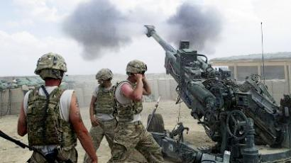US soldiers from the 2nd Platoon of Alpha 177 Fa fire a 155mm artillery unit at Forward Operating Base (FOB) Kuschamond on September 13, 2011 (AFP Photo/Johannes Eisele)