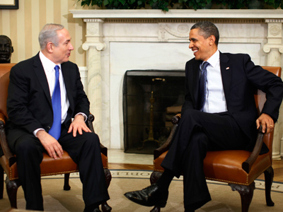 U.S. President Barack Obama welcomes Israeli Prime Minister Benjamin Netanyahu to the Oval Office of the White House in Washington, March 5,  (Reuters / Jason Reed)