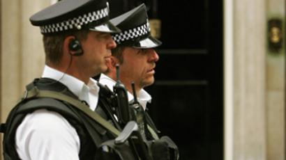 In a response to threats on London, British Transport Police (BTP) will be allowed officers to carry weapons on the capital's trains, stations and the underground