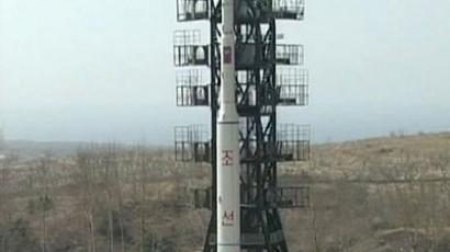 This picture, released from North Korea's official Korean Central News Agency on April 9, 2009 shows a Unha-2 rocket, supposedly carrying an experimental communication satellite Kwangmyongsong-2, as it is prepared for launch from Hwadae-gun in North Hamgyong province of North Korea on April 5. (AFP Photo / KCNA via KNS)