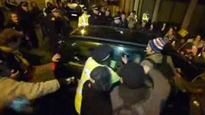 Occupy London outraged as police turning blind eye to aggressor