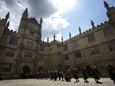Oxford sued for wealth discrimination: Applicant can't afford 'luxury lifestyle'