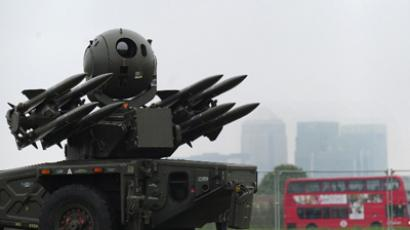 A Rapier missile defence system, which could play a role in providing air security during the Olympics, is shown to members of the media at Blackheath in southeast London on May 3, 2012 (AFP Photo/Carl Court)
