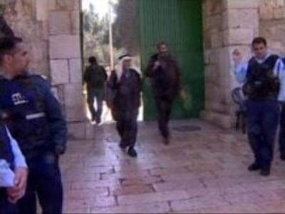 Palestinians protest against Israeli excavations near Al-Aqsa mosque