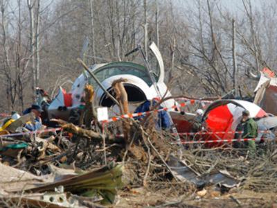 No blast or fire in Polish presidential flight disaster