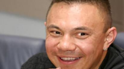 Kostya Tszyu holds master class for youngsters