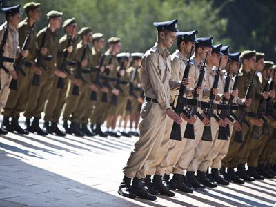 Israeli soldiers (Reuters/Nir Elias)