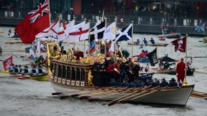 Boats of all shapes and sizes take part in a pageant near Tower Bridge in celebration of the Queen's Diamond Jubilee (Reuters/Dylan Martinez)