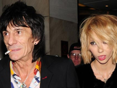 Ronnie Wood and Ekaterina Ivanova (Image from holymoly.com)