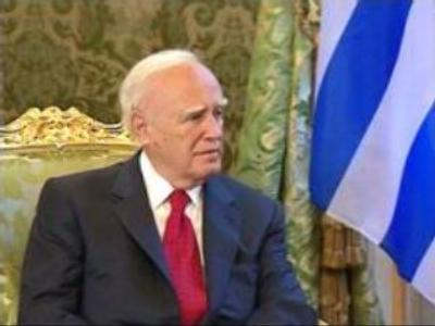 Russia & Greece to strengthen ties