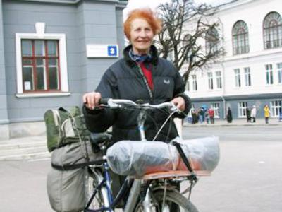 Yulia Mikhailyuk and her bike