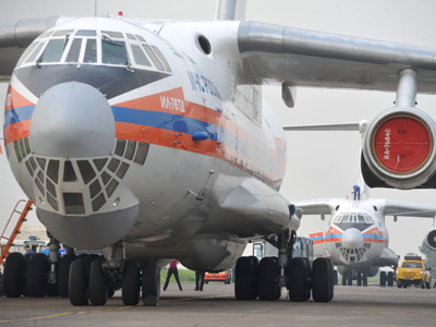 The Russian Emergencies Ministry's Il-76 transport plane (RIA Novosti / Alexander Utkin)