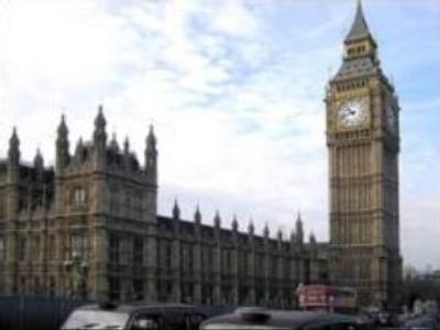 Russian prosecutors go to London
