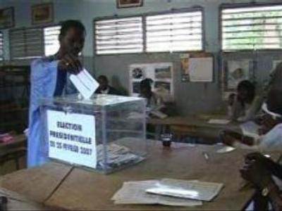 Senegal starts counting of votes