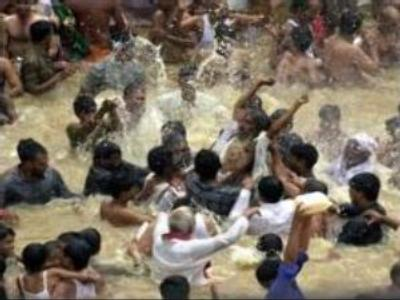 Sixty drown in the river Ganges