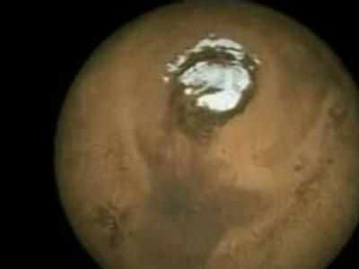Space scientists get heated over ice on Mars