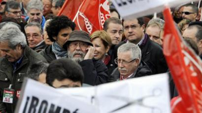 Demonstration organised by Unions against financial cuts in health and education on April 29, 2012 in Madrid (AFP Photo / Dominique Faget)