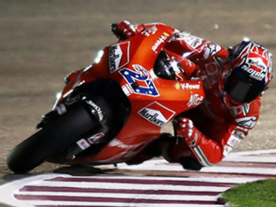 Stoner grabs first MotoGP of the season