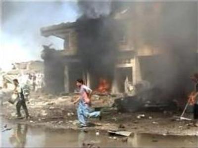 Suicide bomber kills 20 in Iraq