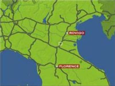 Tourist bus crashes in Italy: 1 dead