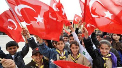 Turkey reconsidering EU as Europe navigates dire straits
