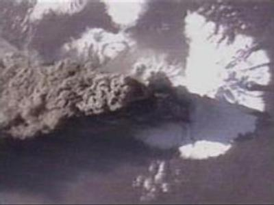 Two volcanoes blow their tops in Russian Far East