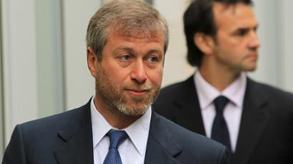Russian billionaire and owner of Chelsea football club Roman Abramovich arrives at Commercial Court in London (REUTERS / Olivia Harris)