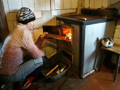 Ukrainian cities losing heat supplies