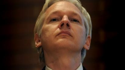 UK, London: WikiLeaks founder Julian Assange attends a debate on the subject of whistle-blowing with prominent public figures on secrecy and transparency issues at Kensington Town hall in central London on April 9, 2011 (AFP Photo / Carl Court)