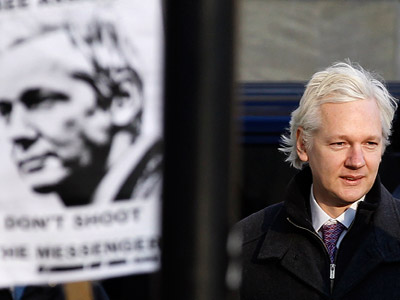 WikiLeaks founder Assange arrives at the Supreme Court in London (REUTERS/Stefan Wermuth)