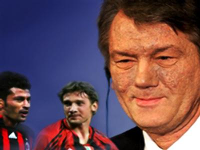 (L-R) ex-Dinamo Kiev football players Kakha Kaladze and Andrey Shevchenko, Ukrainian President Viktor Yushchenko