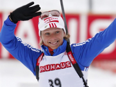 Zaitseva grabs gold in biathlon sprint