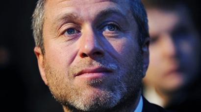 "Snyder, Fabregas and Tevez top Abramovich's ""sexy"" wish-list"