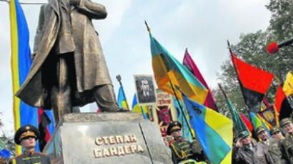 Lenin statues under attack