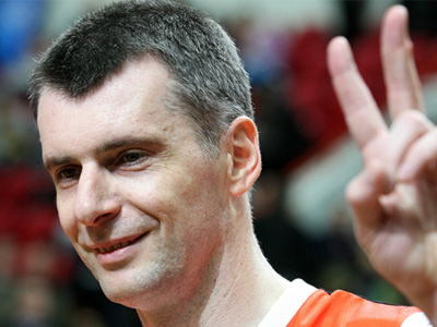Prokhorov Russia's richest candidate, raking in $3 bln in 4 years