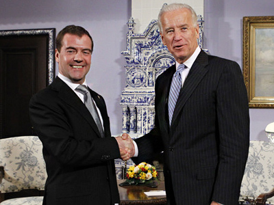 Biden, Medvedev talk politics and economics