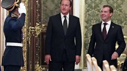 Russian President Dmitry Medvedev (right) and British Prime Minister David Cameron pictured prior to their talks in the Kremlin September 12, 2011. (RIA Novosti / Mikhail Klimentyev)