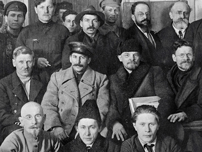 Communist leader defends Bolsheviks from Putin's treason charges