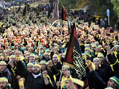 Hezbollah rallies in wake of Lebanese government collapse