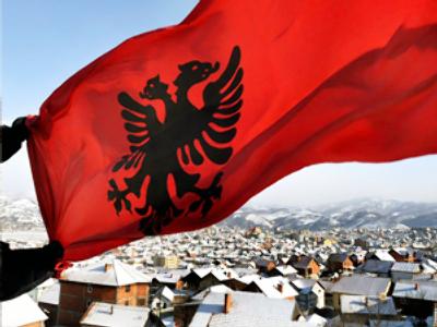 Kosovo bans visits by Serbian officials