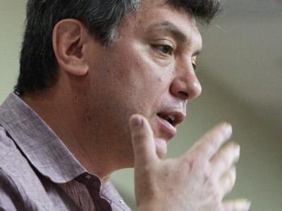 Opposition leader Nemtsov intimidated by $30 fine