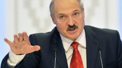 Lukashenko says 'Hush!' to flash-mobs