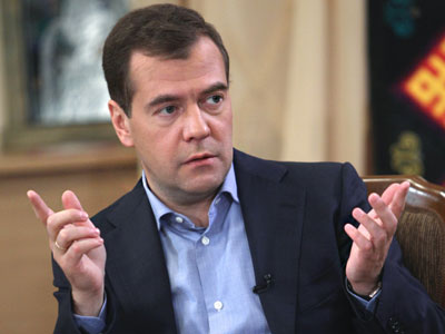Medvedev on defense offensive