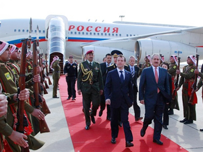 """Medvedev in the Middle East: """"This land needs peace"""""""