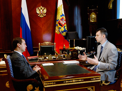 Medvedev supports Prokhorov as head of Right Cause