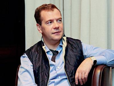 Medvedev praises internet as future of mass media