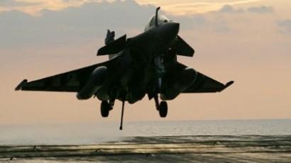 A French Navy Rafale fighter jet takes off for mission in Libya (AFP Photo / Alexander Klein)