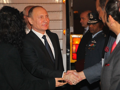 December 24, 2012. Russian President Vladimir Putin after arriving in the New Delhi airport (RIA Novosti / Mikhail Klimentyev)