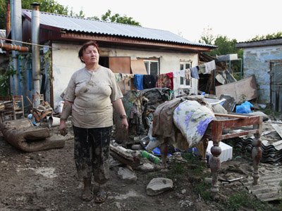Town officials detained following fatal Krymsk flood