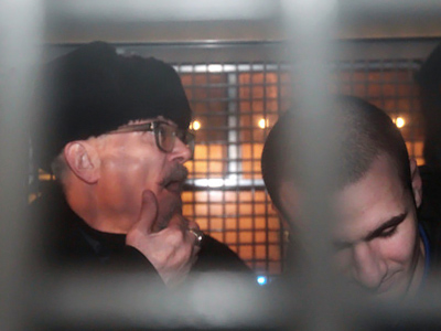 Opposition leader Eduard Limonov (L) after his detention on January 31, 2011  (Ilya Pitalev, STF)